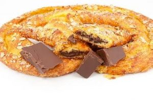 EUROPEAN CHOCOLATE KRINGLE